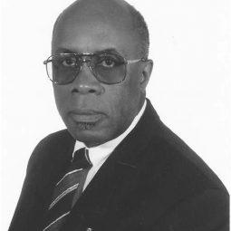 Dr.Geoff Edwards